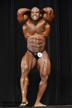 Johnny Jackson posing 2008 (North Carolina State Bodybuilding, Fitness & Figure Championships)
